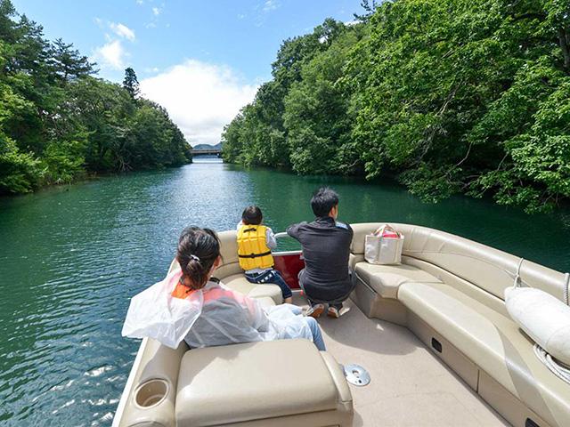 ボート 猪苗代 湖